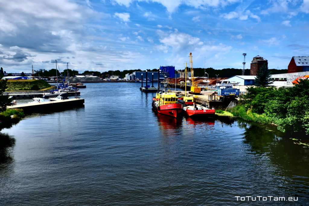 Kołobrzeg port